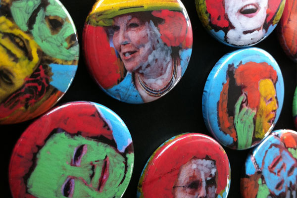 aftreden koningin beatrix, van oranje nassau, Custommade Beabuts, nutbut buttons, portret